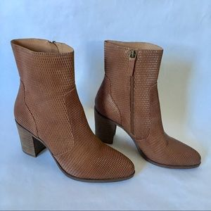 hinge Shoes - Nordstrom Hinge textured perforated leather boots